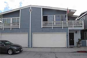MLS # OC18251762 : 421 E BAY AVENUE  UNIT 1