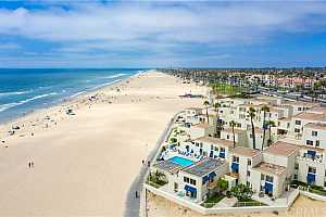 MLS # OC20056975 : 711 PACIFIC COAST HIGHWAY #423
