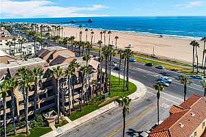 MLS # OC19203694 : 1200 PACIFIC COAST HIGHWAY #220
