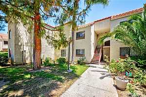 Browse active condo listings in SANTA ANA NORTH OF FIRST