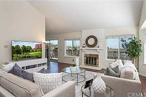 Browse active condo listings in GREENS