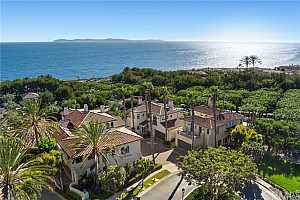 Browse active condo listings in SEASCAPE