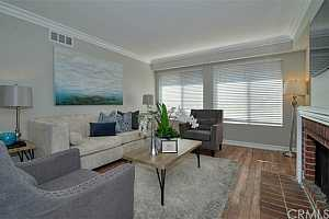 LAKE FOREST NORTH Condos For Sale
