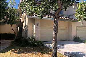 Browse active condo listings in ANAHEIM HILLS