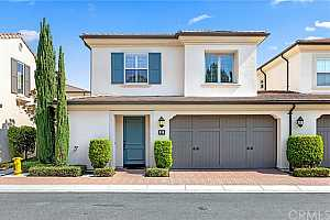Browse active condo listings in WOODBRIDGE