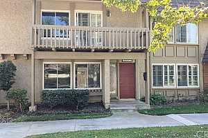 Browse active condo listings in FOUNTAIN VALLEY NORTHEAST